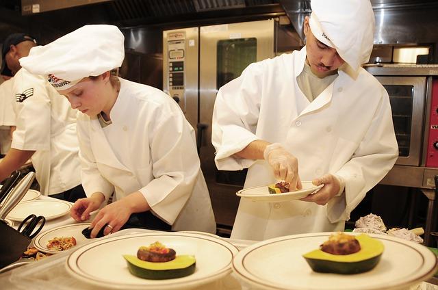 chefs-749563_640